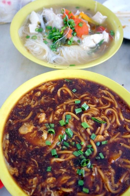 melaka - dong fung restaurant -best fish head noodles-002