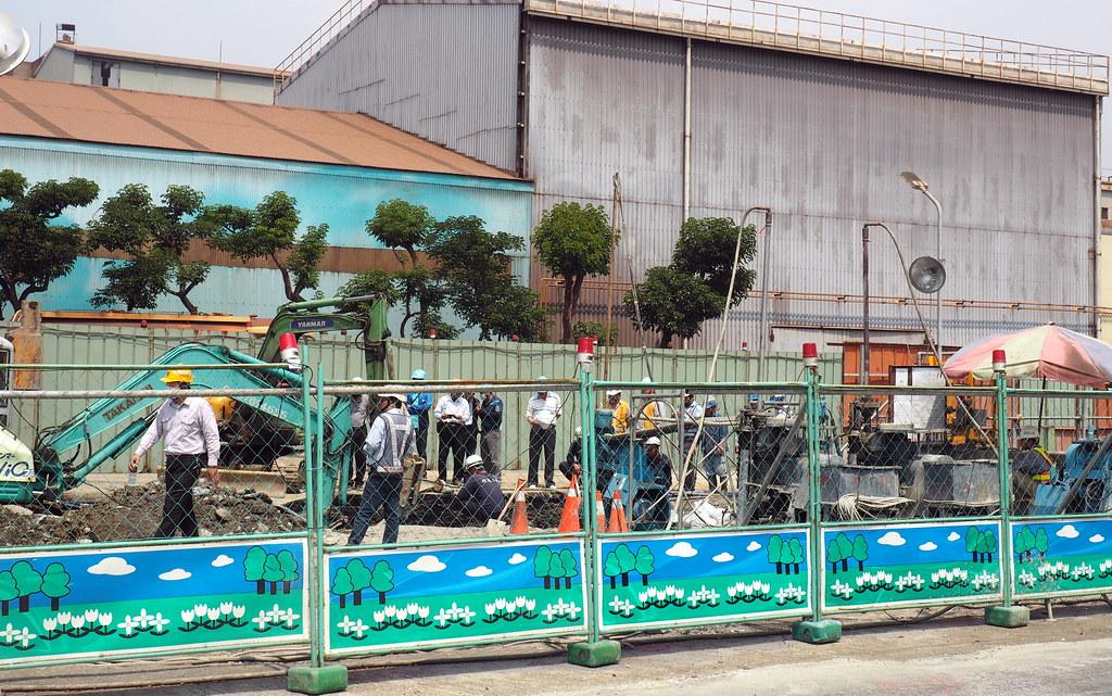 台電大林廠輸配線路工程自2015年發生潛盾意外後,中林路已發生5次坍塌。攝影:李育琴。