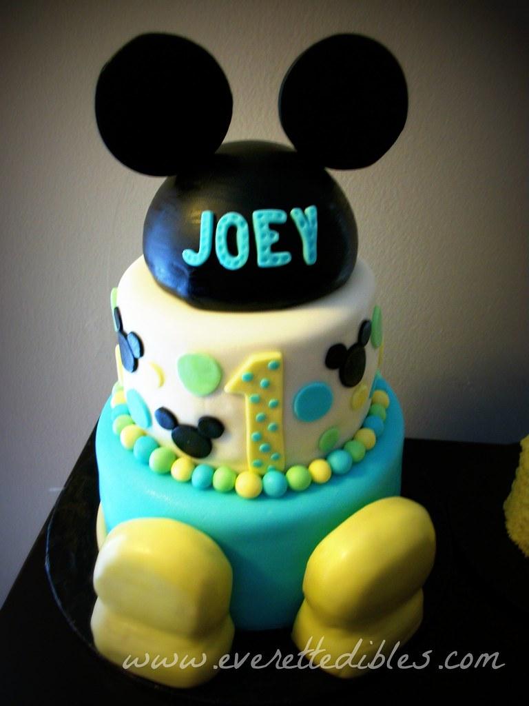 Birthday Cakes For Warren