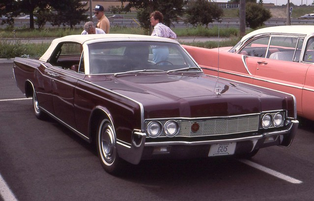 1967 lincoln continental convertible sedan flickr photo sharing. Black Bedroom Furniture Sets. Home Design Ideas
