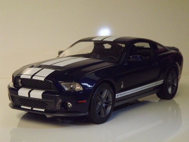 Ford Shelby GT500 Revell 1/12