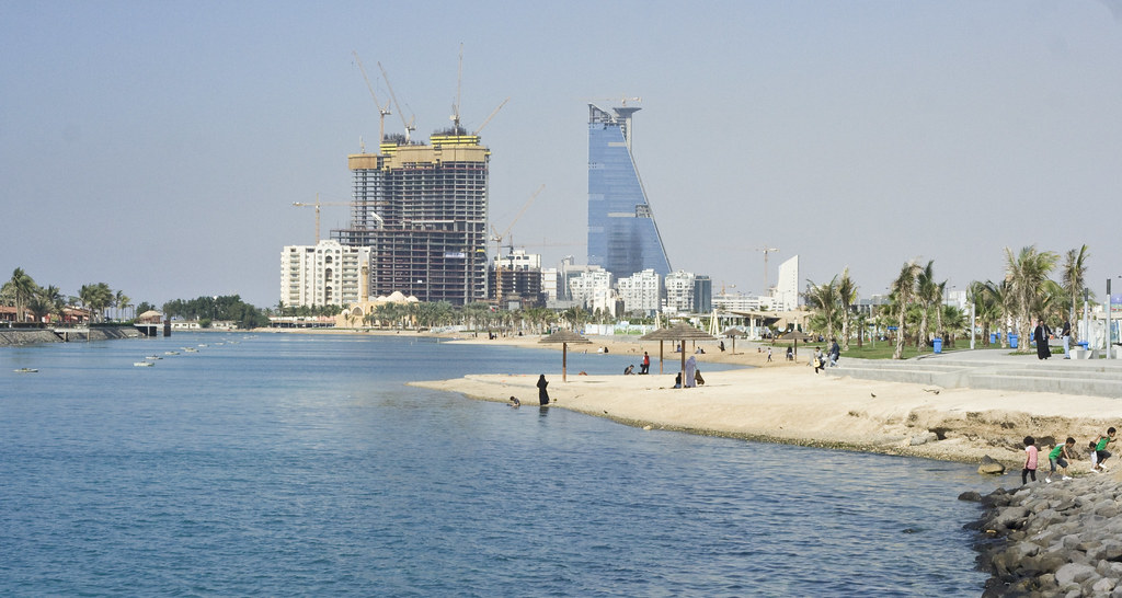 Jeddah Corniche The Jeddah Corniche Is The 30 Km Coastal
