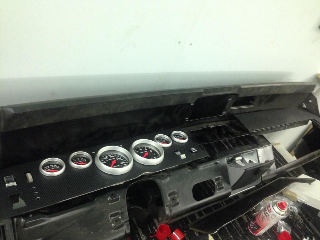 "MikkoV garage:  Charger SRT8 -70,  Manta A 2800S, Camaro RS -70 ""drift"", W212, Pontiac Tempest jne. 33175705615_630500341d_b"