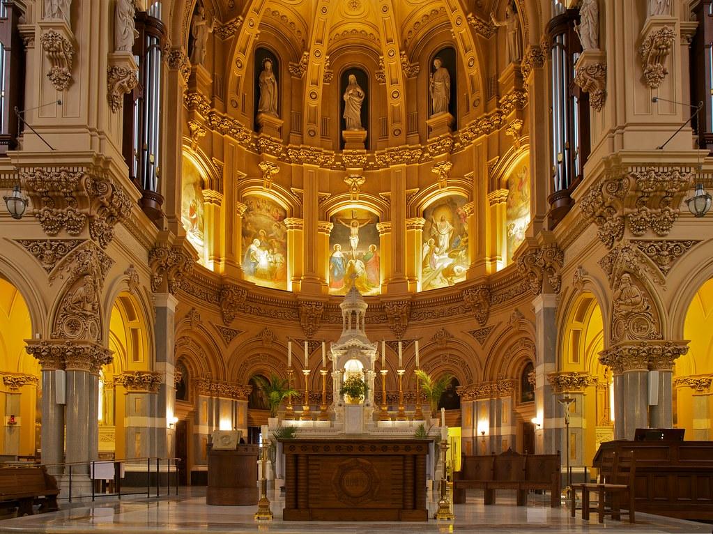 Saint Francis Xavier Catholic Church Apse Altar Nave Ne