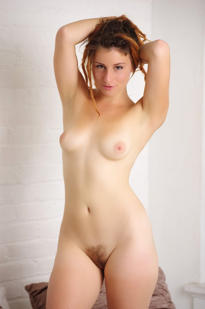 Sweet Virgin Pose Nude 96