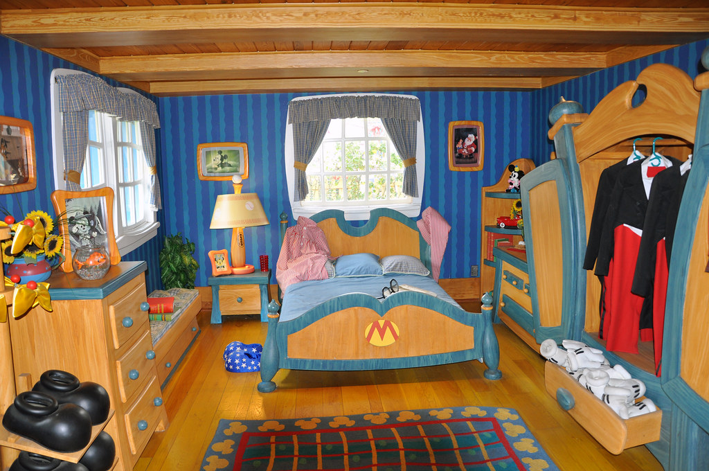 Inside Mickey S House A Disney Flashback To 2009 When