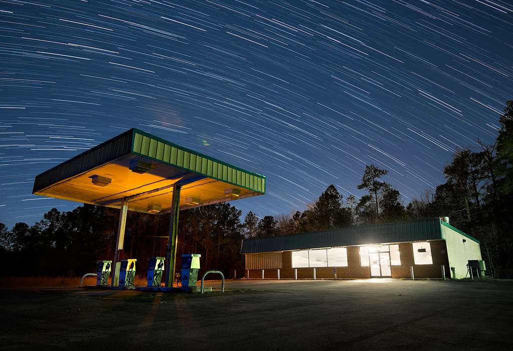 Open Gas Stations Near Me >> A Night at the Gas Station | This is the first night shot I'… | Flickr