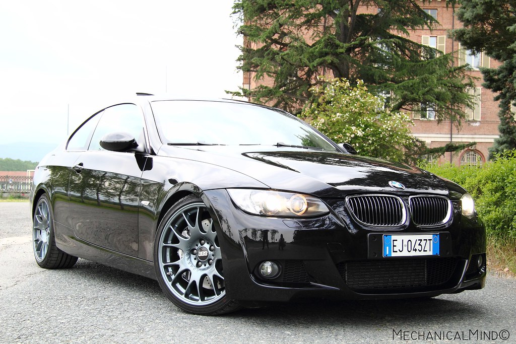 bmw 330d e92 oem ch motorspor brembo bilstein. Black Bedroom Furniture Sets. Home Design Ideas