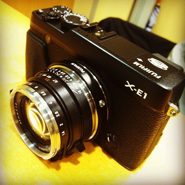 Fuji 35mm F1 4: Fuji X-E1 With Voigtlander 35mm F1.4 #fujixe1 #voigtlander
