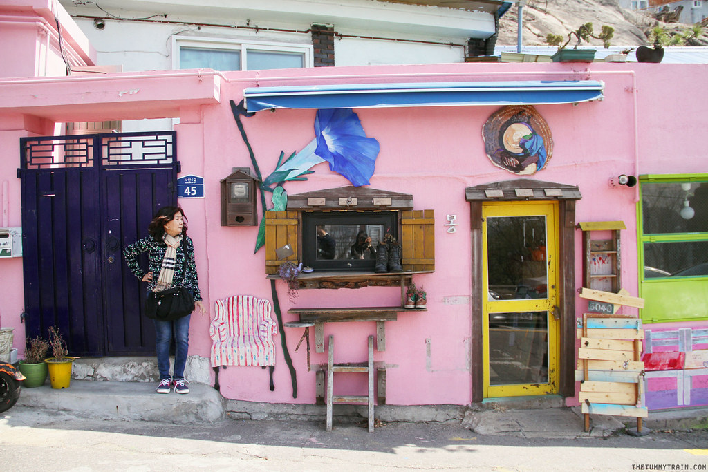 33495439701 a677b4ab97 b - Seoul-ful Spring 2016: A mini exploration of Ihwa Mural Village