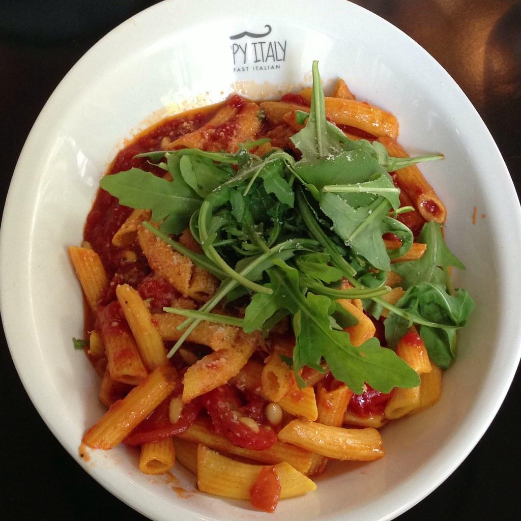 Pomodori Secchi @ Happy Italy | Tomatensaus, rucola ...