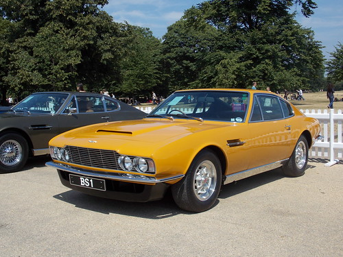 lord brett sinclair 39 s 1970 aston martin dbs the persuaders flickr photo sharing. Black Bedroom Furniture Sets. Home Design Ideas