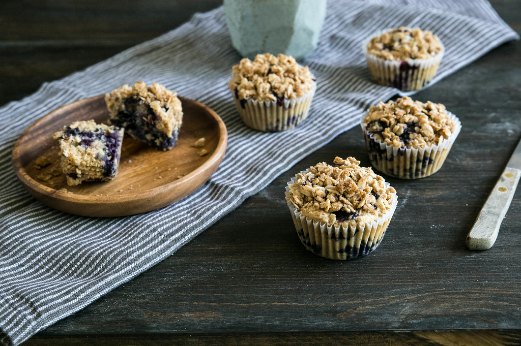 Blueberry Oat Crumble Muffins