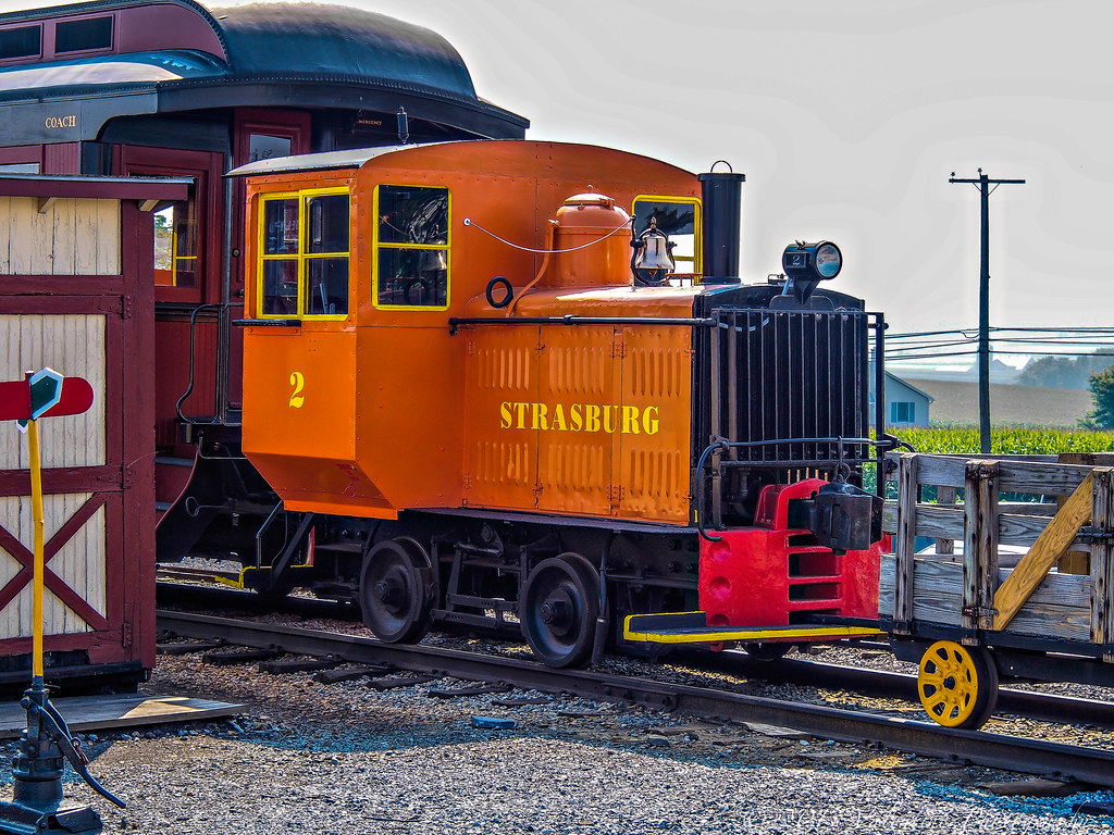 Strasburg 2 10 Ton Plymouth Gasoline Powered Locomotive