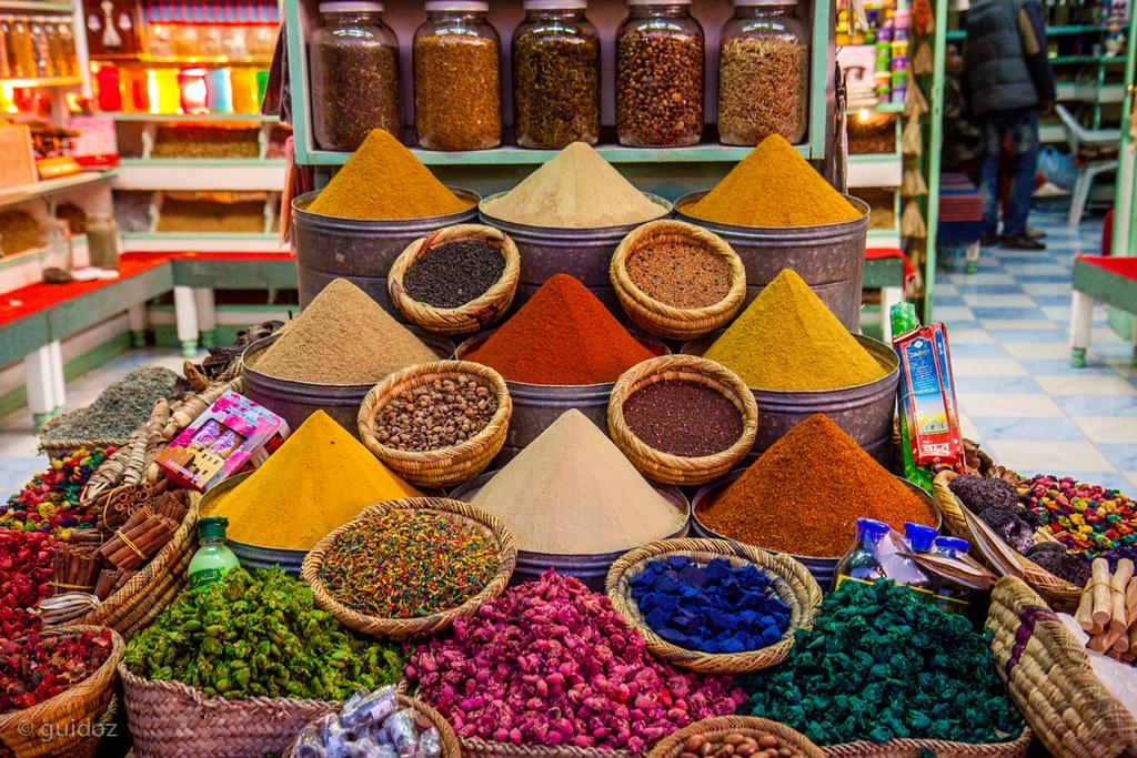 spices in a moroccan souk | guido todarello | flickr