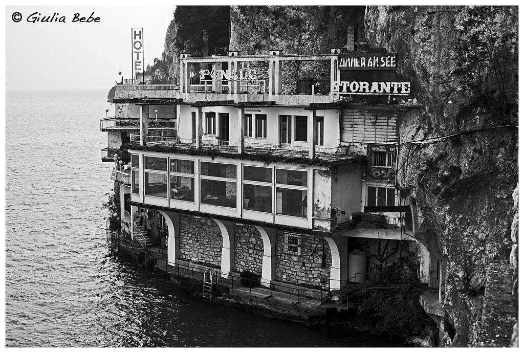Casa della trota eveline rigo flickr for Piani di casa vivente della casa