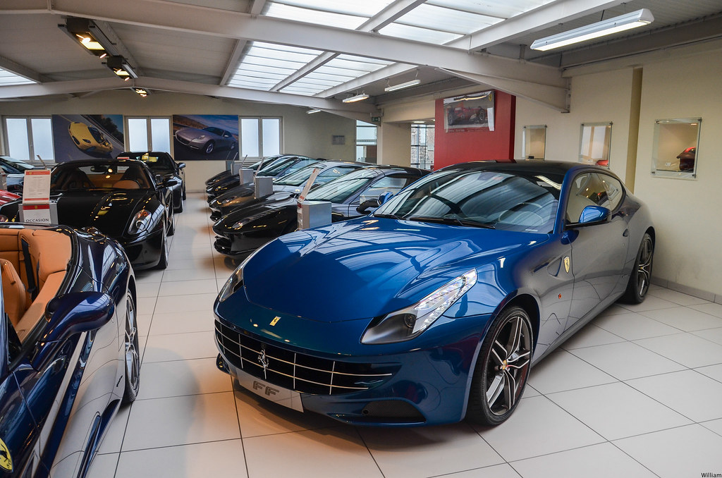 Blu Abu Dhabi Ferrari Ff Exclusive Drive 2014 Follow