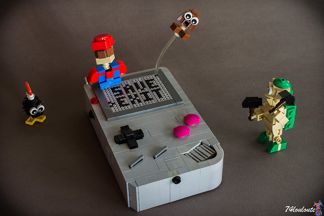 Nintendo Gameboy Classic recreated in LEGO