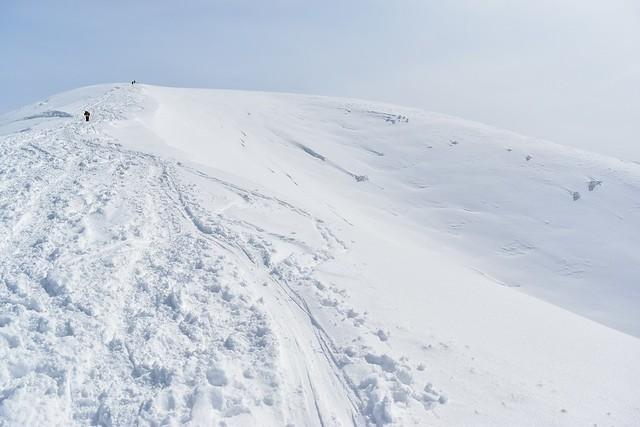 冬の守門岳・大岳 雪の斜面