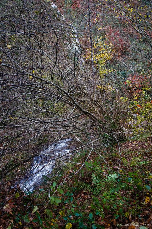 El río Iñarbegi justo encima de la Cascada de Xorroxin