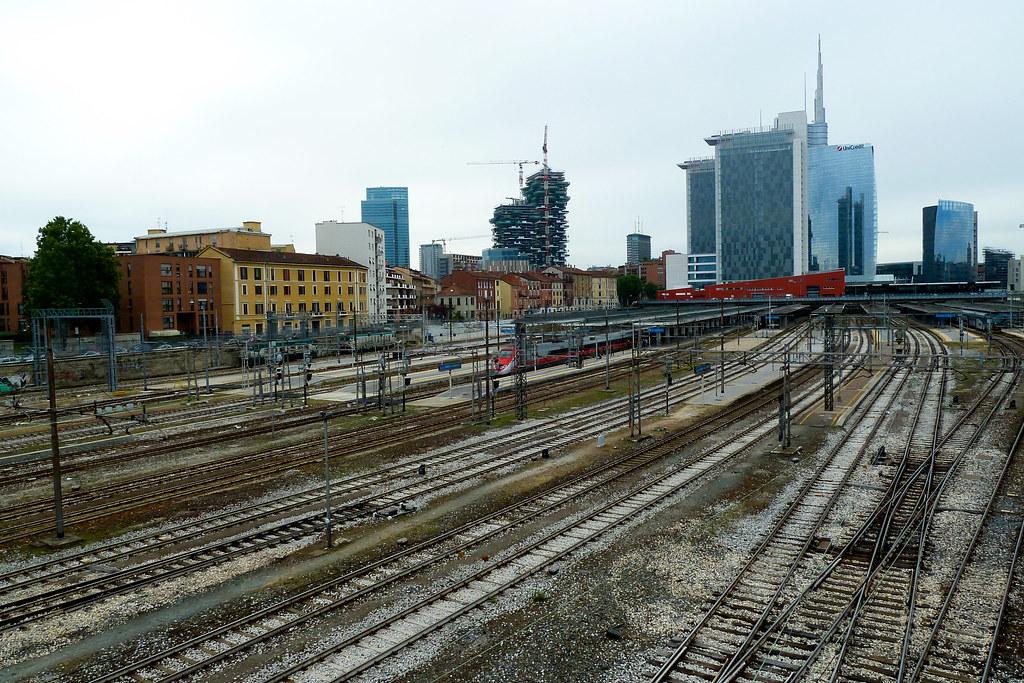 Binari e palazzi 1 stazione di porta garibaldi dal ponte - Stazione porta garibaldi indirizzo ...