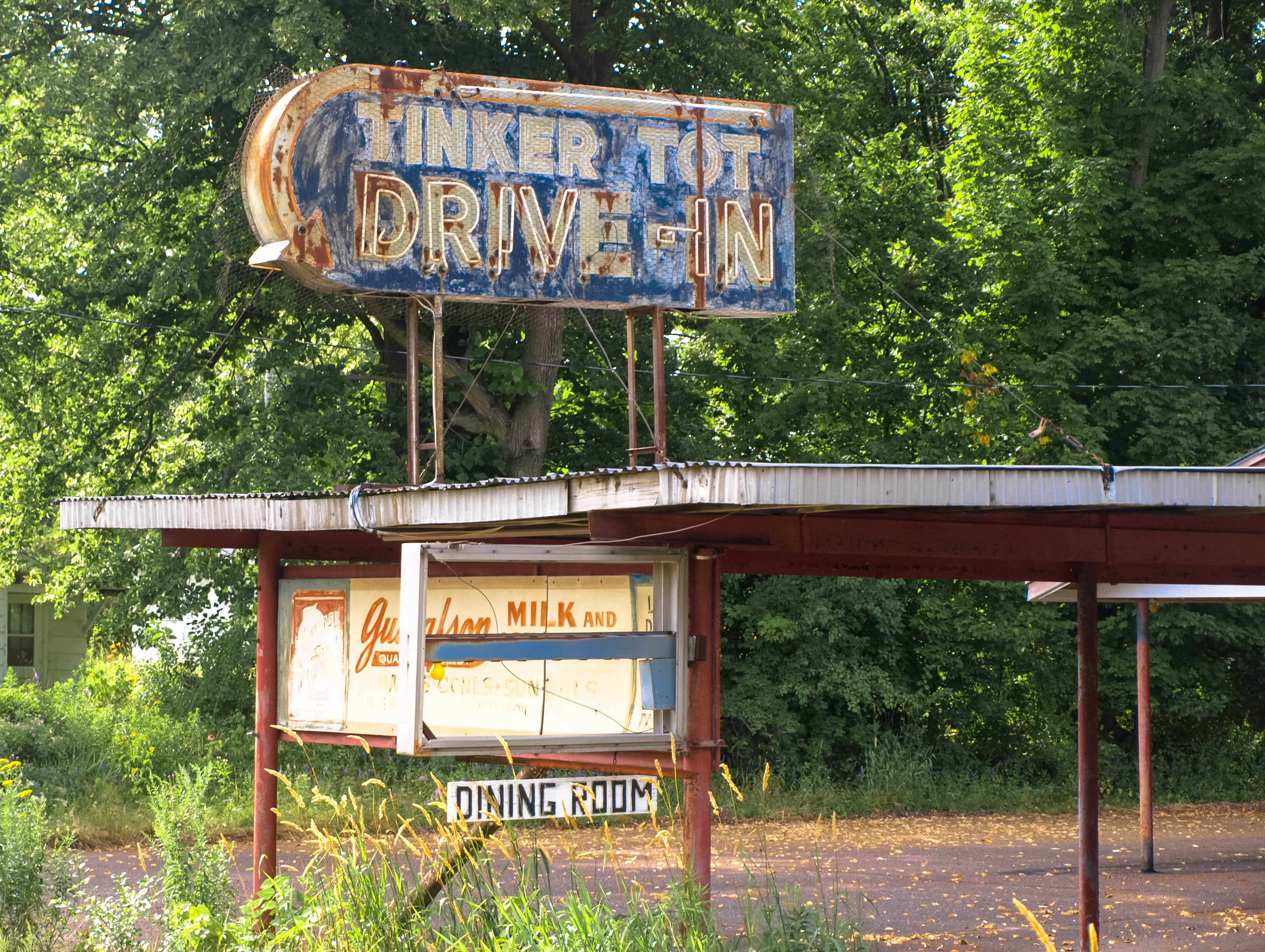 Tinker Tot Drive-In - Ladysmith, Wisconsin U.S.A. - August 2, 2013