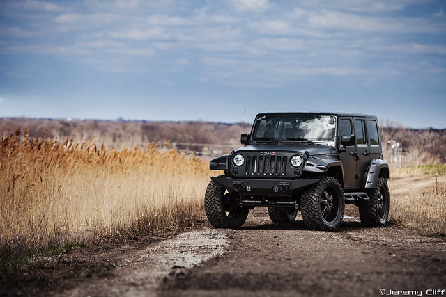WRANGLER car - Color: Black  // Description: amazing