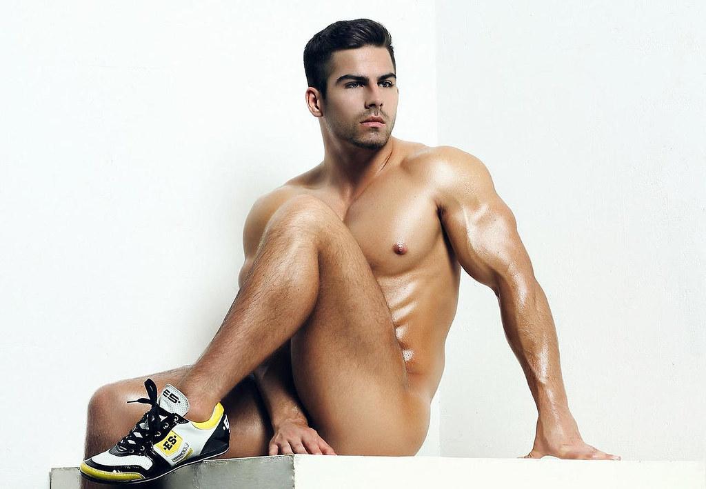 rome male escort ragazzi hot gay