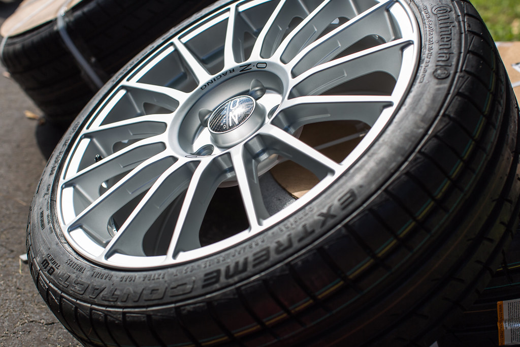 Continental Extremecontact Dw >> Rubber: Continental ExtremeContact DW Size: 225/40ZR18 Whe…   Flickr