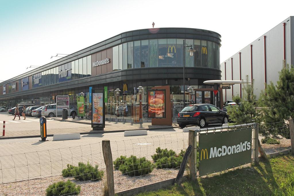 Mcdonald s breda woonboulevard netherlands a restaurant u flickr