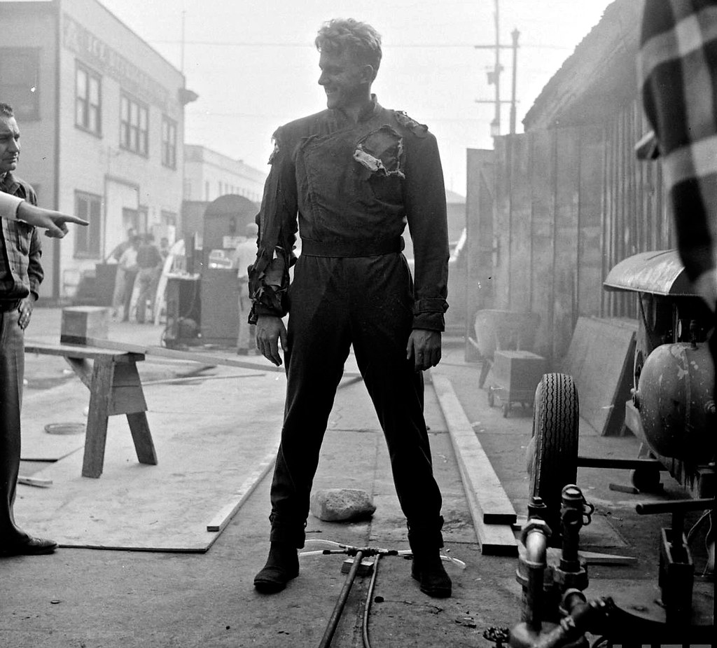 The Thing from Another World, 1951 Behind the scenes photos of James Arness, The Thing !