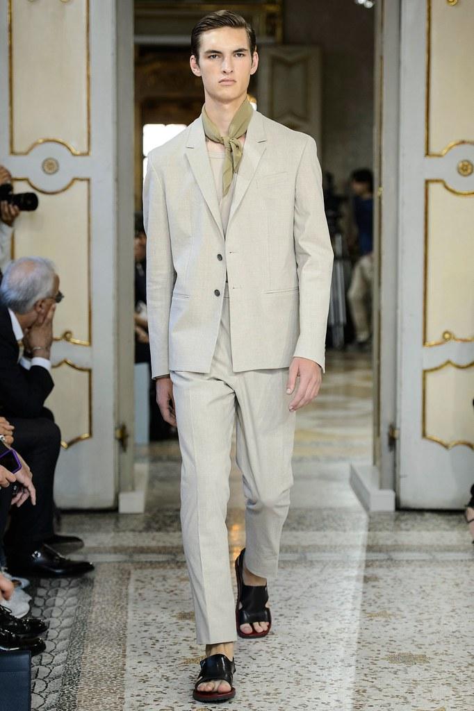 SS16 Milan Corneliani032_Tom Coysman(fashionising.com)