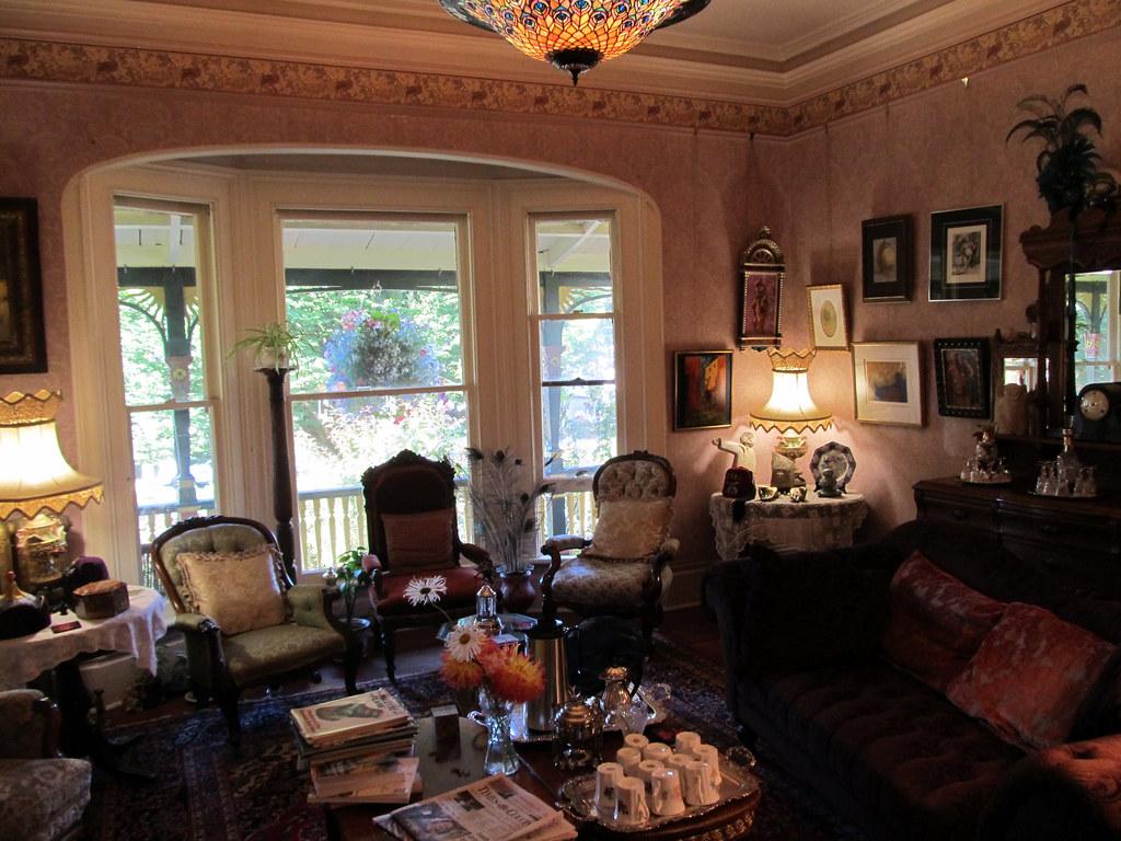 Antique Living Room Sofas