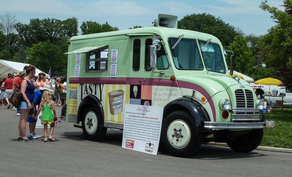 Quot Little Dipper Quot 40 S Vintage Divco Ice Cream Truck Flickr