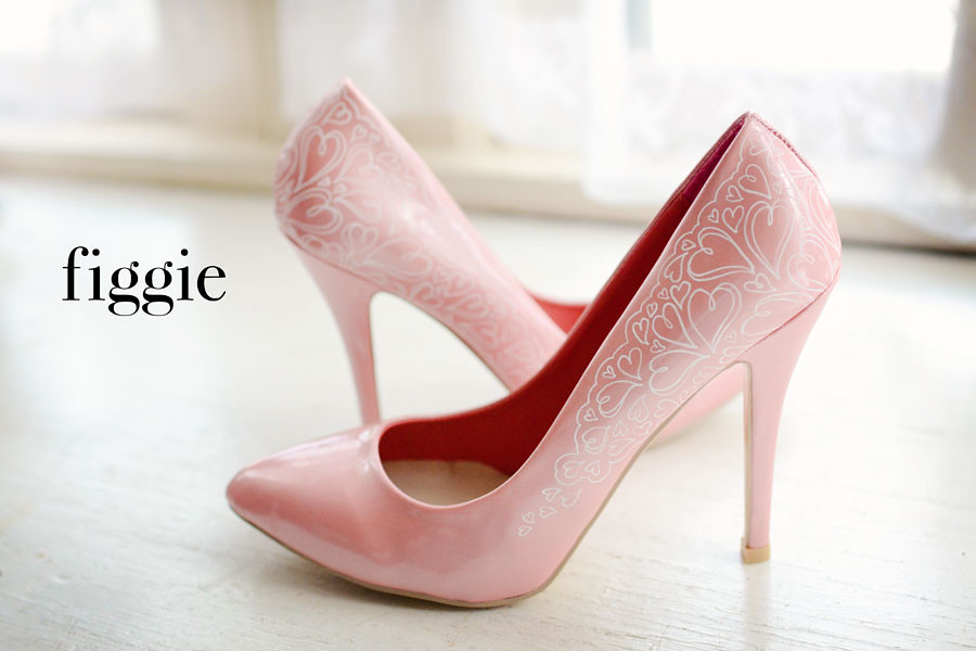 Charlotte V | Hand-Painted Blush Pink and White Lace Heart ...