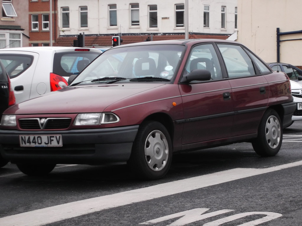 1996 vauxhall astra ls saloon mk3 i don 39 t see many of flickr. Black Bedroom Furniture Sets. Home Design Ideas