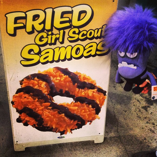 deep fried girl scout samoa cookies at big e springfield