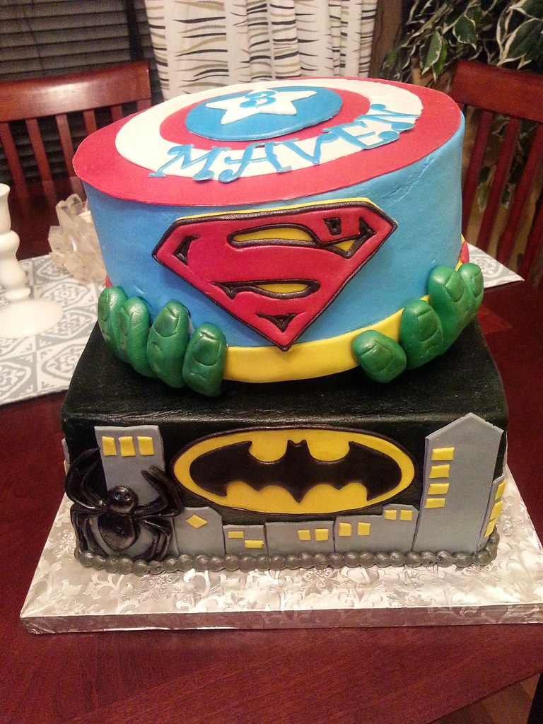 Captain America Superman Hulk Batman Spider Man Cake