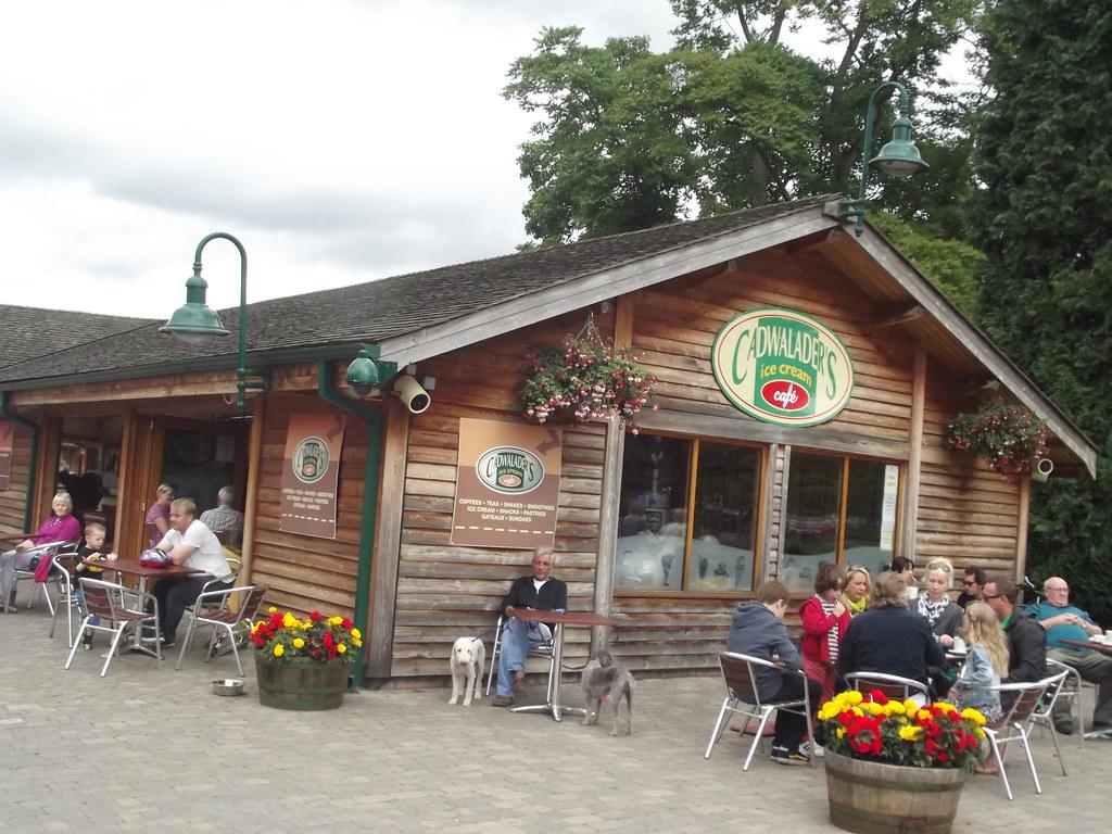 Village Garden Cafe