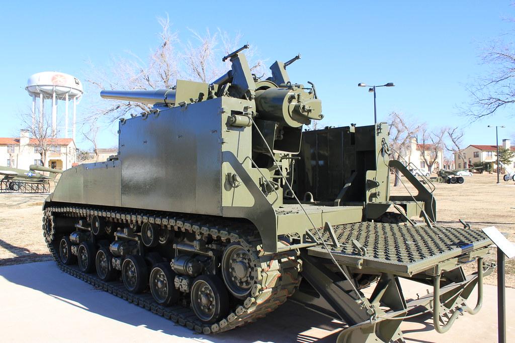 U S M40 155mm Gun Motor Carriage The Display Reads U S