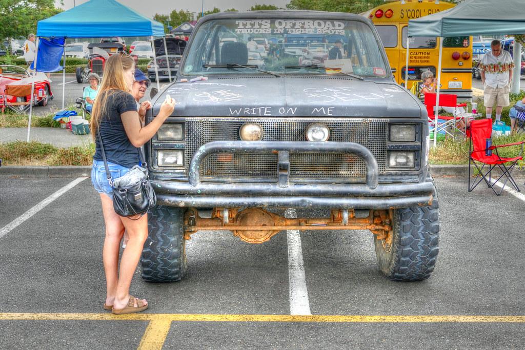 and trucks Tits
