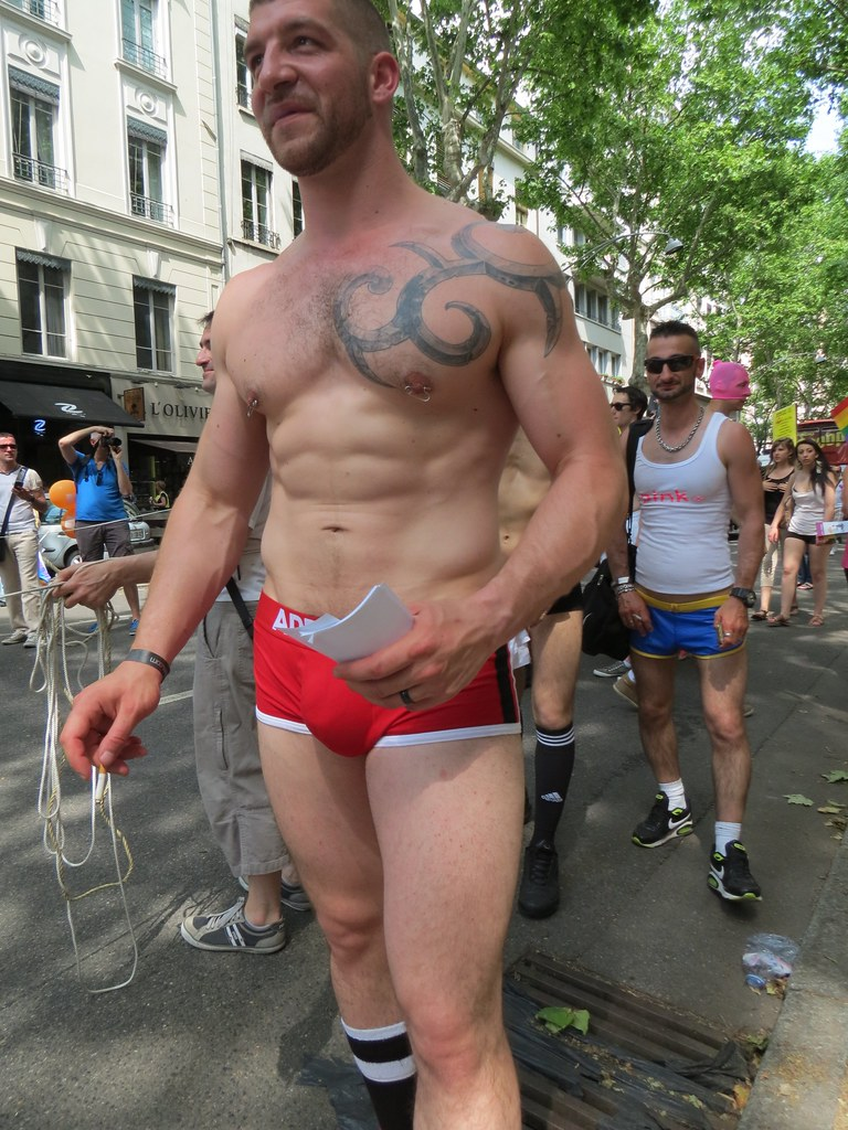 Free gay mobile vids