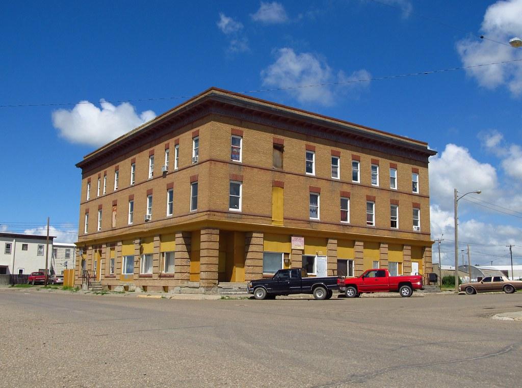 Poplar, Montana | Gateway Hotel | Jasperdo | Flickr