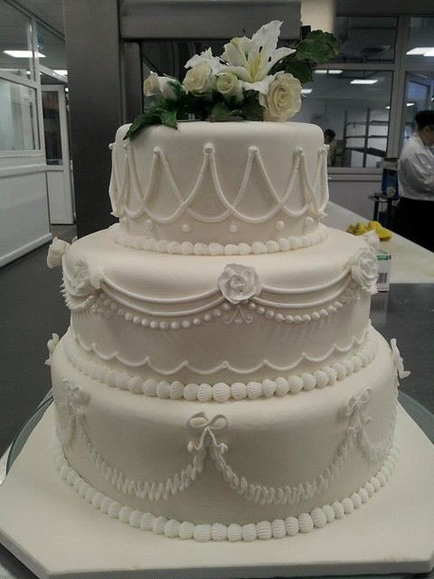 picture of royal icing wedding cake royal icing wedding cake explore themadbakers 18357