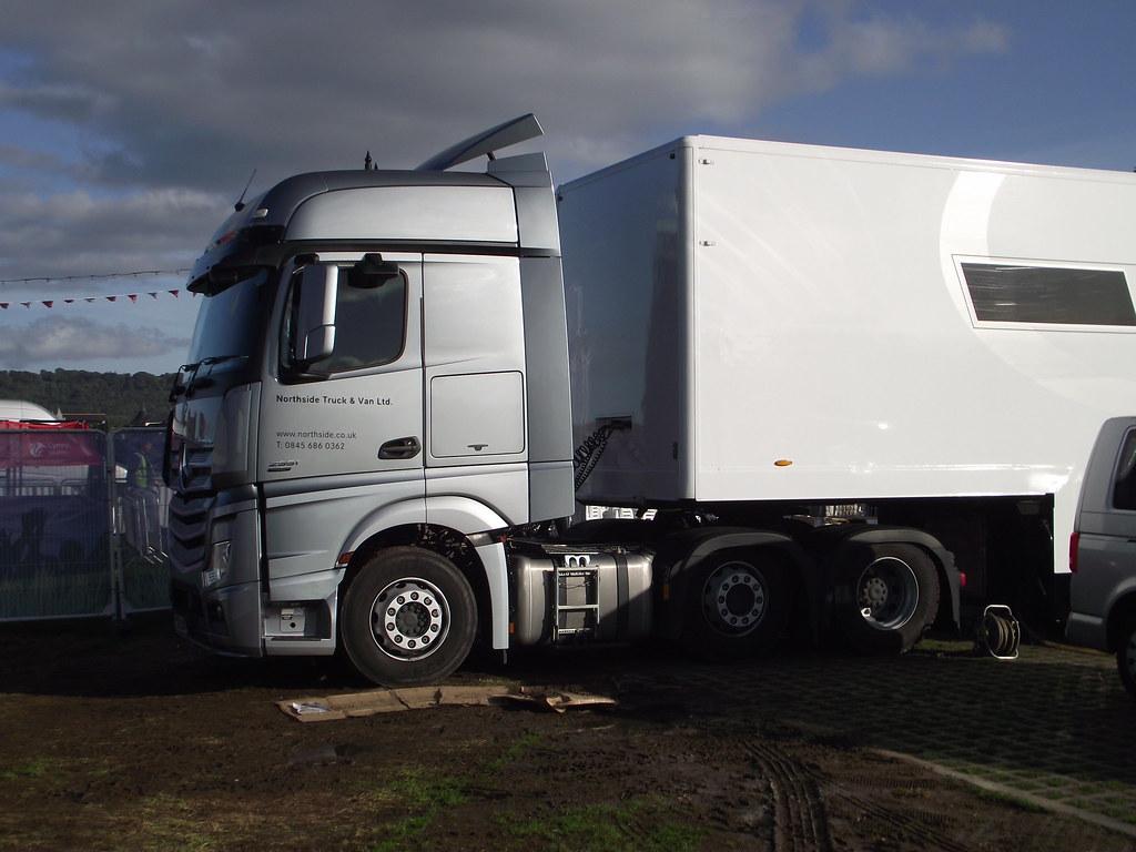 Northside truck and van ltd mercedes benz actros hospitali for Northside mercedes benz
