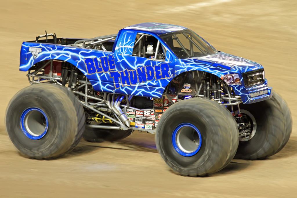 Blue thunder monster trucks