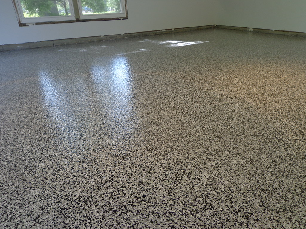 Gray White Black Epoxy Chip Garage Floor Ft Wayne In