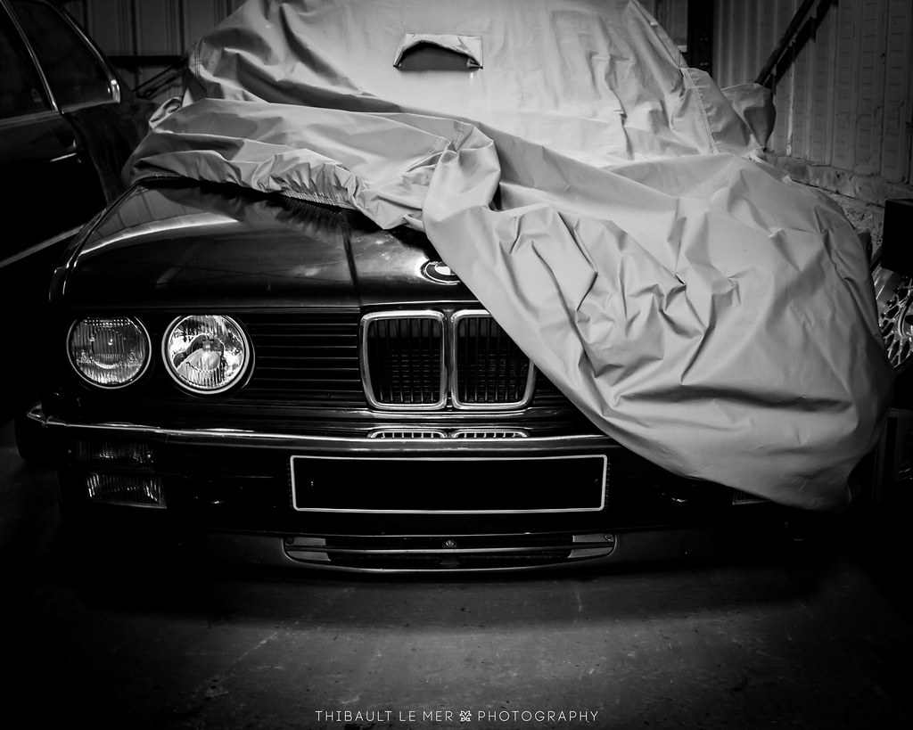 Bmw fan 39 s garage bmw 325i cabriolet e30 canon 600d ef for Garage bmw en france