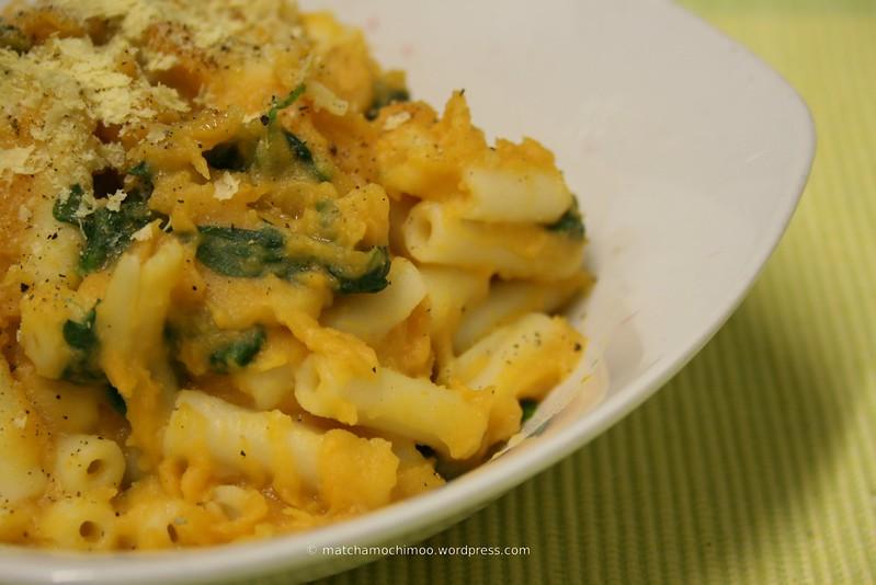 Vegan Sweet Potato & Spinach Macaroni Cheese | matchamochi