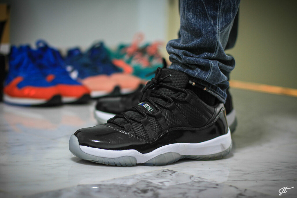 "Air Jordan XI Low ""Space Jam"" Custom 